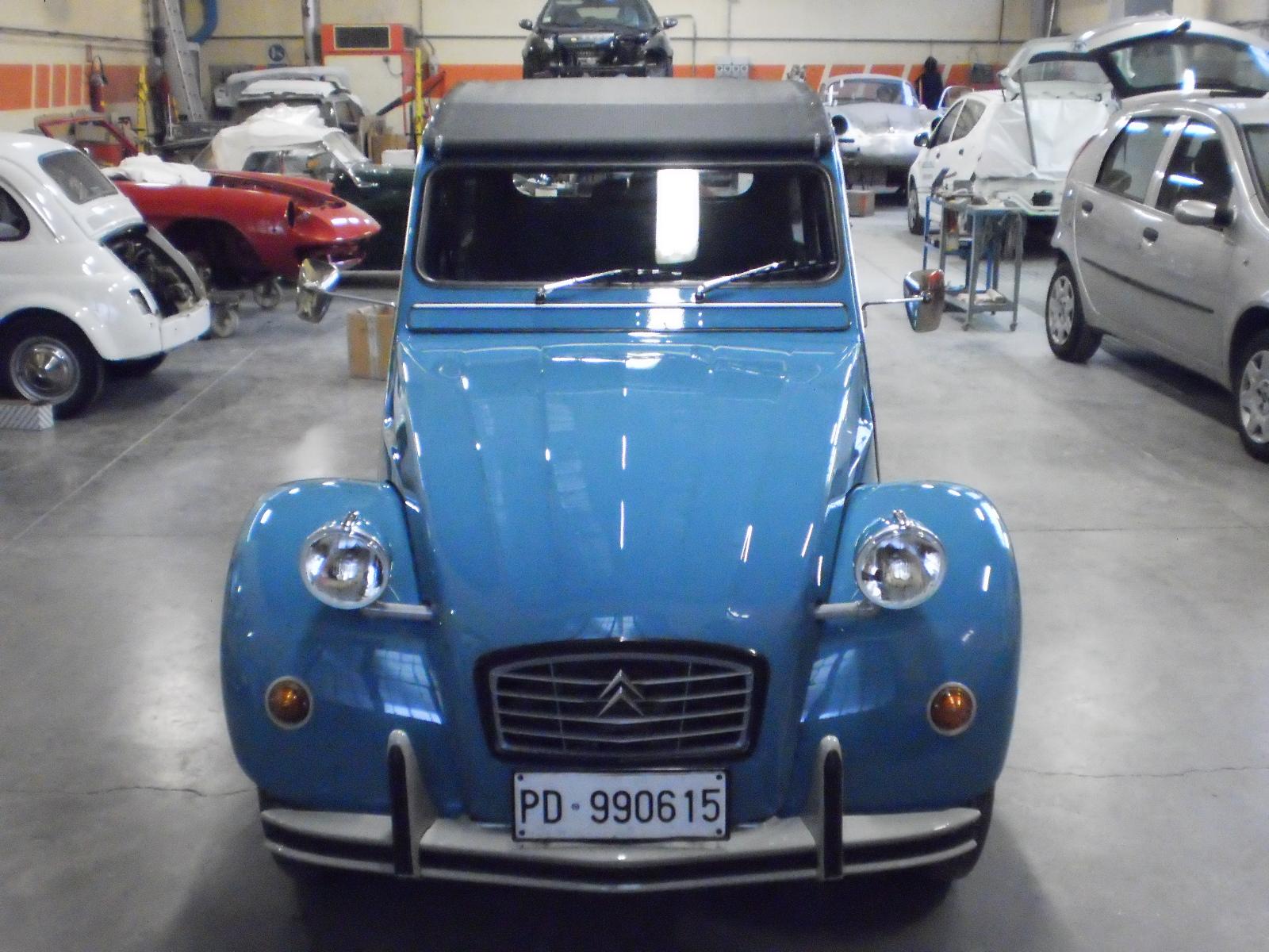 restauro auto d'epoca carrozzeria brescia 2 cv